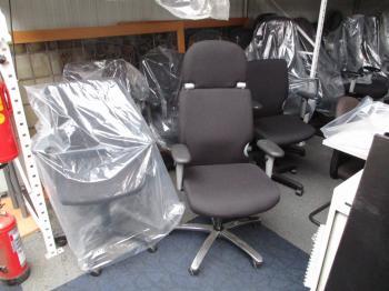 bureaustoel comforto 77 24 H stoel nw gestoffeerd