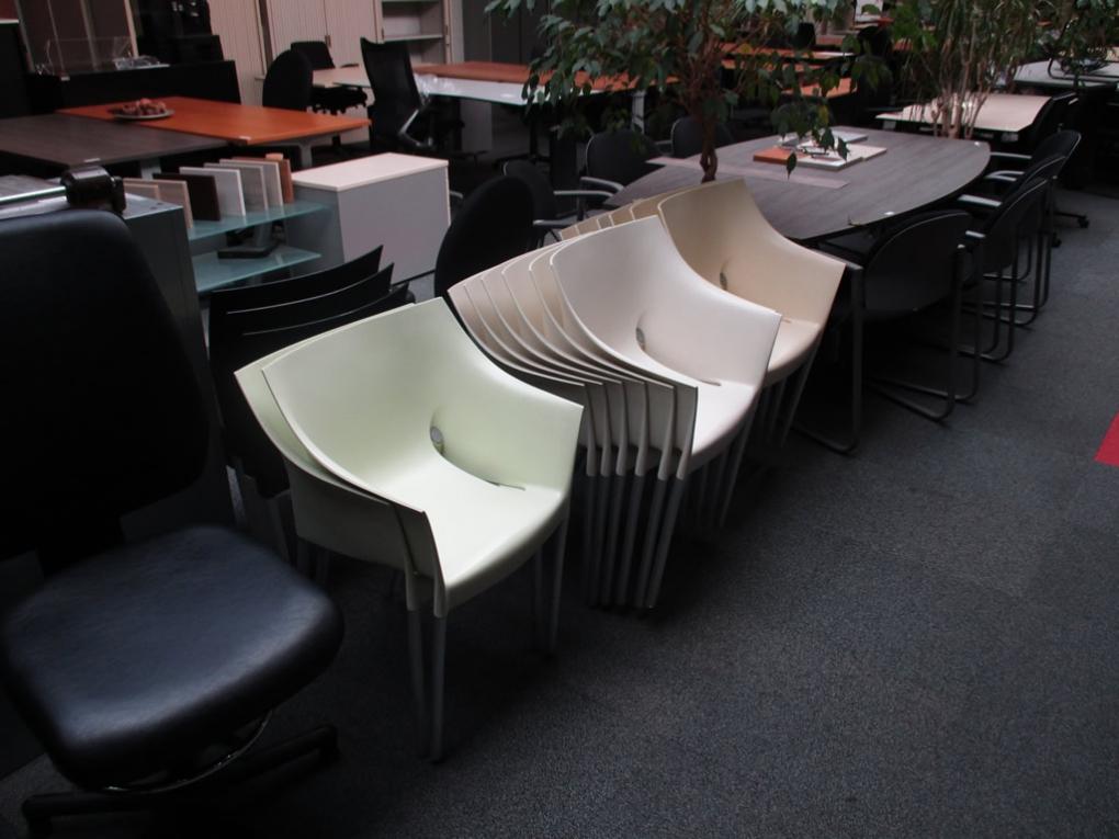 Design Stoelen Gebruikt.Buro Depot Is Het Adres Voor Uw Tweedehands Kantinestoelen Wij