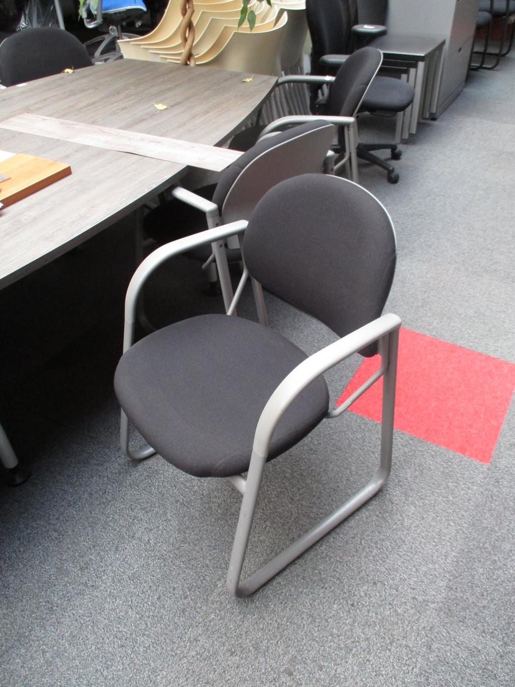 Gebruikte stoelen voor uw kantoorruimte for Buro 6 zutphen
